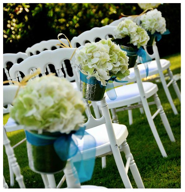 symbolic ceremony chairs decoration.jpg