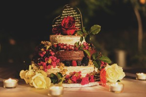 romantic wedding in Tuscany - wedding naked cake